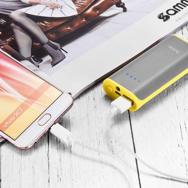 B21-5200 Tiny Concave eksterna baterija 5200mAh siva